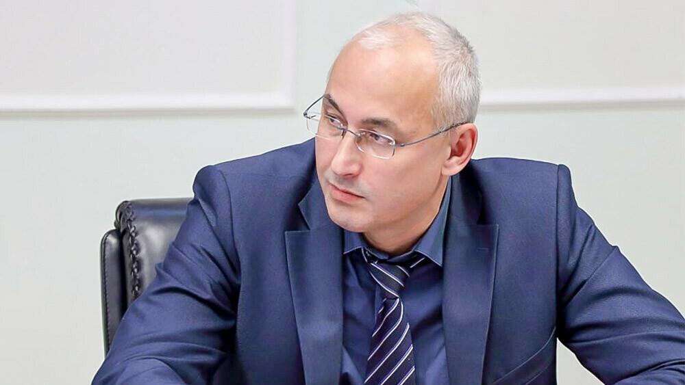 Александр Кузнецов примет участие в онлайн-проекте «Час с министром»